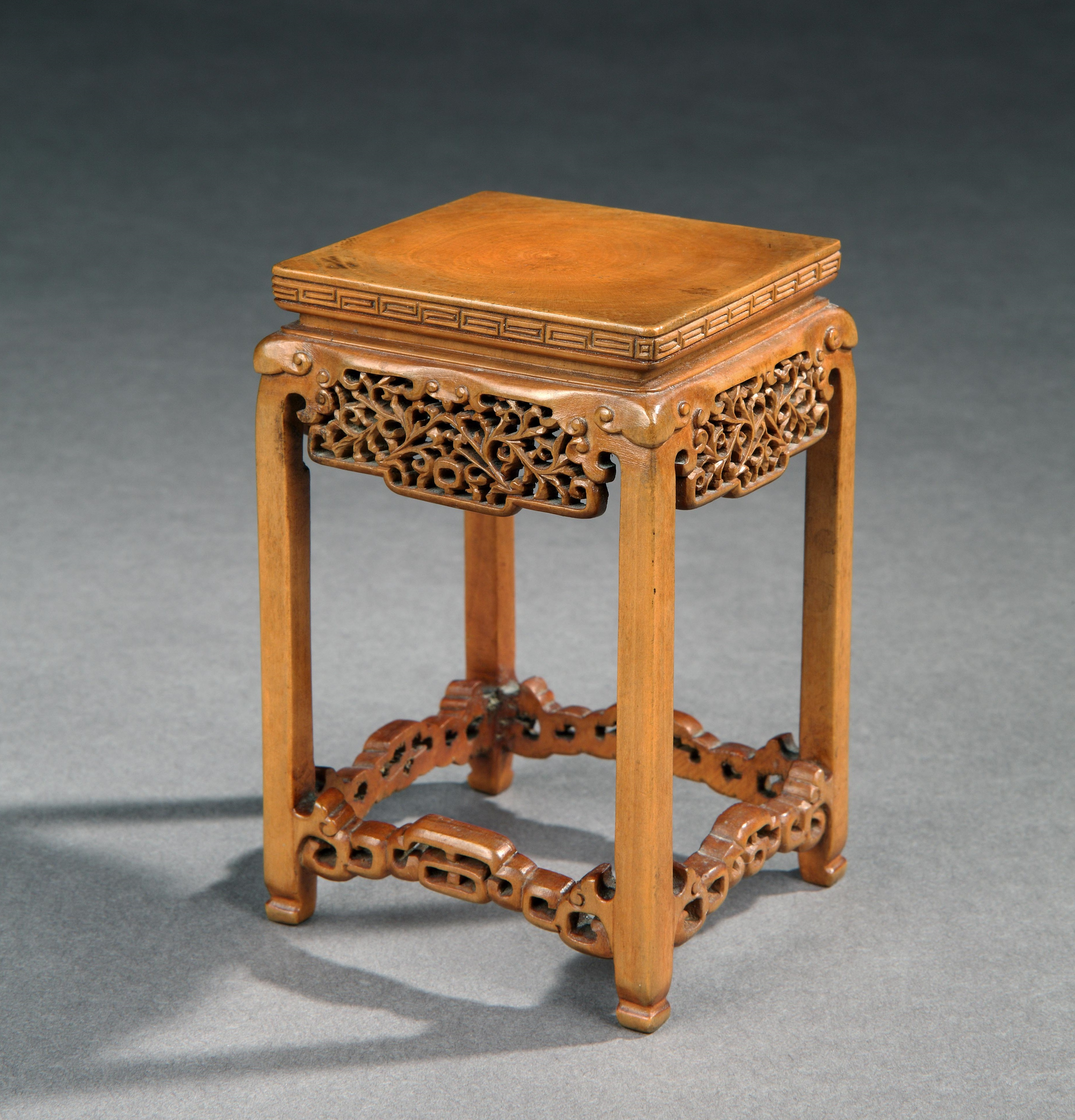 Chinese boxwood carvings 中國黃楊木雕 wood stands